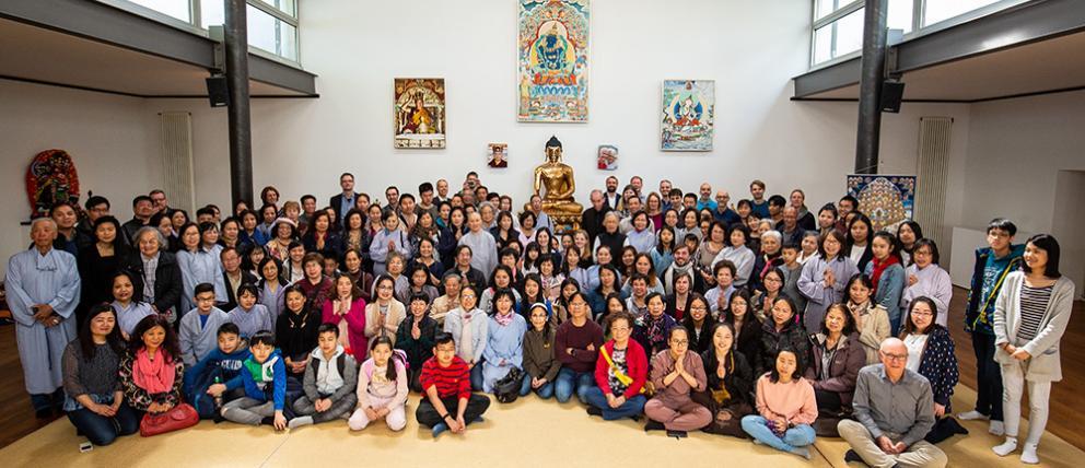 Die vietnamesisch-buddhistische Gemeinde Oberhausen im Buddhistischen Zentrum Hamburg
