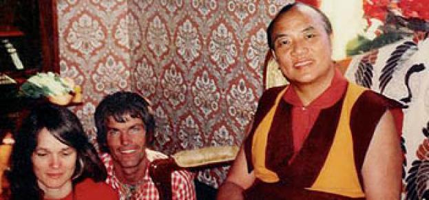 Hannah Nydahl mit Lama Ole Nydahl und dem 16. Karmapa